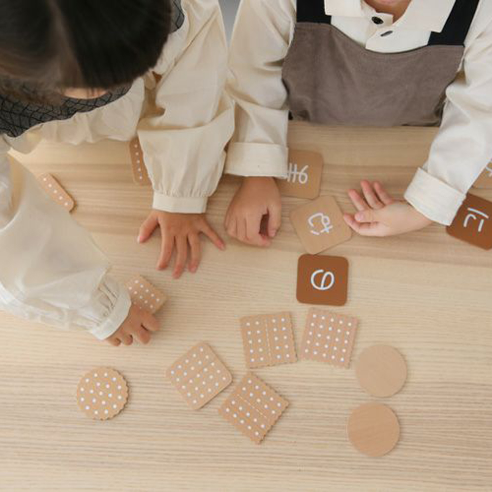 dou?(ドウ)ひらがな ビスケット hiragana biscuit 木製おもちゃ